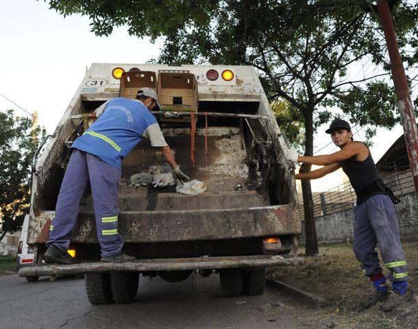Los camiones no saldrán. Estiman que el martes se normalizará el servicio. (Foto: M. Bustamante)