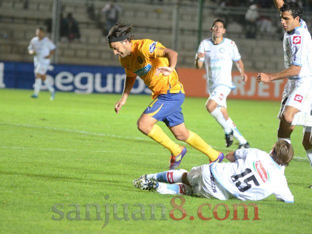 Rivarola jugó su partido 250 en Central y lo festejó con un golazo