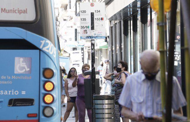 La vuelta a las clases presenciales sumó un importante número de pasajaros al transporte público rosarino.