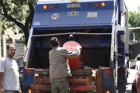 agitados contrapuntos. El sistema de recolección de basura en la ciudad está en el eje de discusión.