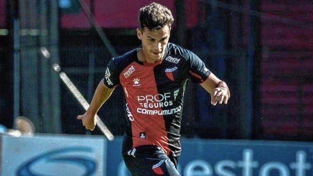 Cristian Ferreira entrena apartado del plantel porque viajó a Buenos Aires y por precaución el cuerpo técnico quiere primero hisoparlo y luego que se sume al resto de sus compañeros.