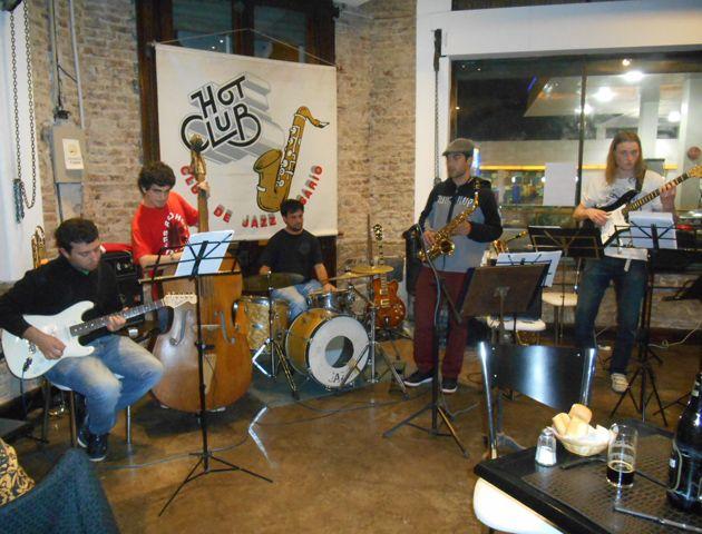 Una ONG para ayudar a través de la música