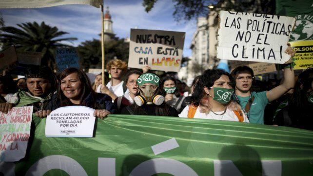 Furia. Los militantes ambientales tomaron las calles en Buenos Aires.