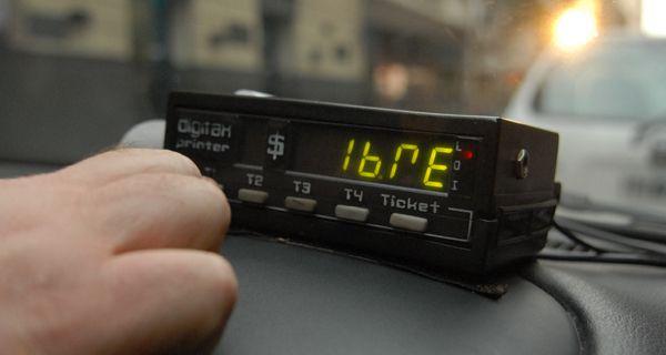 Seghezzo recordó que la tarifa de taxis se ajustó a noviembre, ahora no aumentará