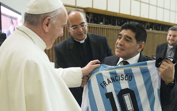 Fraternal. El abrazo de los dos argentinos. Todos deberíamos imitarlo