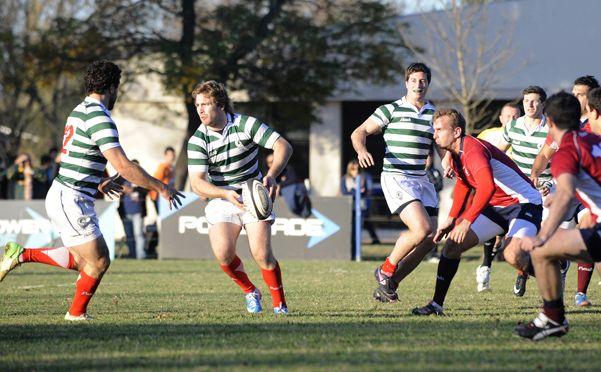 Los opuestos que se cruzan en el rugby regional