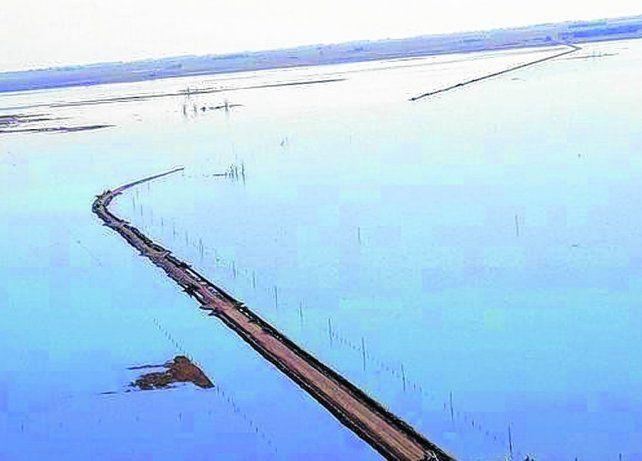 la picasa. Uno de los proyectos apunta a solucionar los problemas que ocasiona el exceso de agua en la laguna.