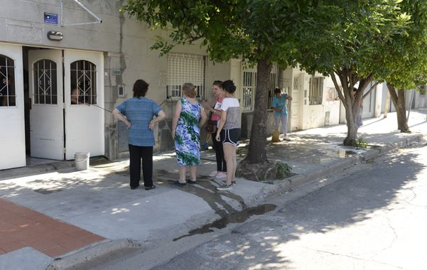 El frente del quiosco donde ultimaron a balazos a César Yebar. (H.Rio)