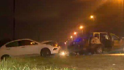 Empalme Graneros: esquivó un pozo y terminó chocando de frente con otro auto