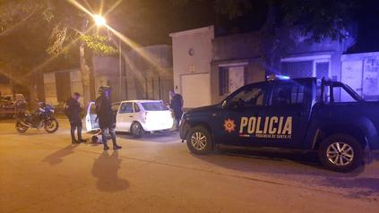 Huyó de un control policial, chocó a un patrullero y lastimó a un policía en Venado Tuerto.