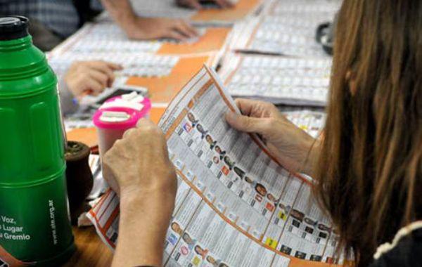 En el departamento Rosario Lifschitz sacó 42 mil votos más que Del Sel.