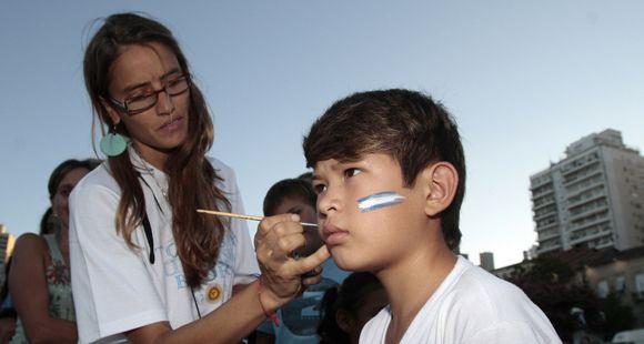 La ciudad se viste de fiesta para celebrar el Bicentenario de la bandera