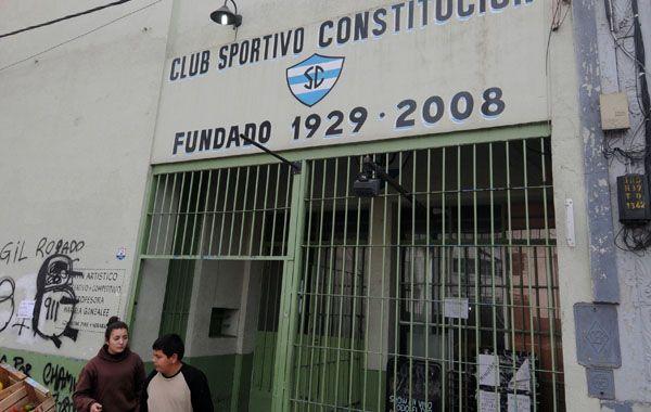 El frente del club ubicado en Urquiza al 3700