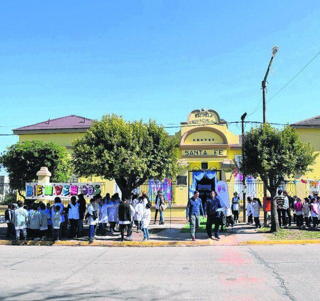 Festejos. La comunidad celebró la reapertura de la Escuela 6.224.
