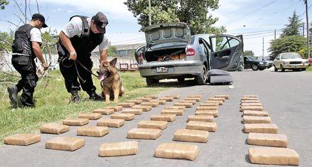 Detenido con 50 kilos de cocaína en el baúl del auto en barrio Industrial