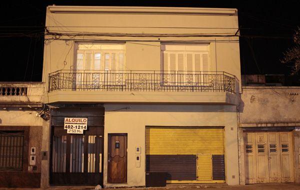 Ocho policías están acusados de irrumpir en la planta alta de Avellaneda 1669 y apoderarse del dinero de un presunto garito de juego. El GPS de las patrullas delata que los policías estaban allí.