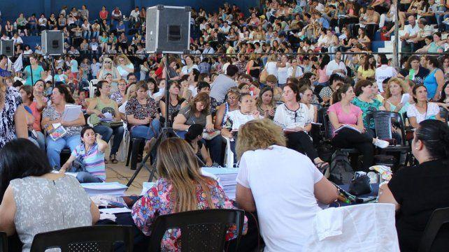 La provincia reprogramó el cronograma de titularizaciones docentes