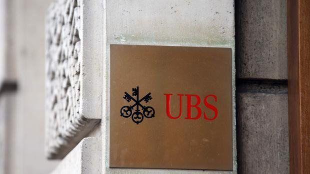 Una de las sucursales de UBS en Ginebra y tres restaurantes cercanos al banco tenían sus inodoros atascados con billetes.