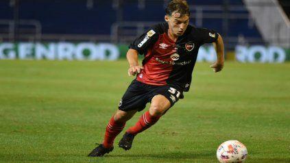 Afuera. Cacciabue jugó algunos minutos en Chile ante Palestino y fue reemplazado por una molestia.