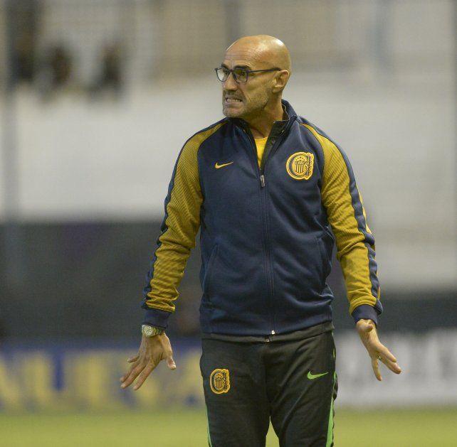 El DT uruguayo valoró la victoria ante Quilmes.