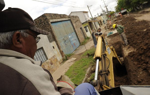 Plan en marcha. El municipio había encarado el año pasado obras cloacales en los barrios con fondos propios y provinciales. (foto: Celina Mutti Lovera)