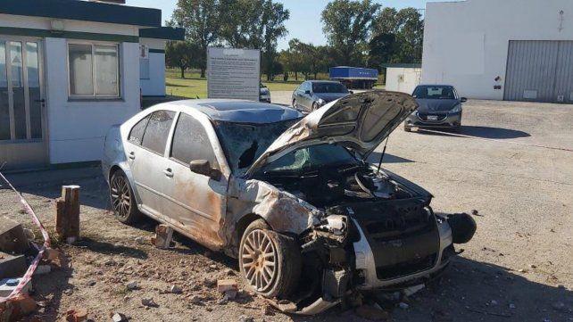 El Bora Gris impactó contra una columna y su conductor perdió la vida en el choque.