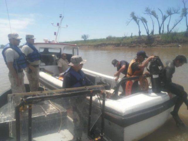 Villa Constitución. Efectivos de Prefectura rescatan el cadáver de un hombre en el río Paraná.