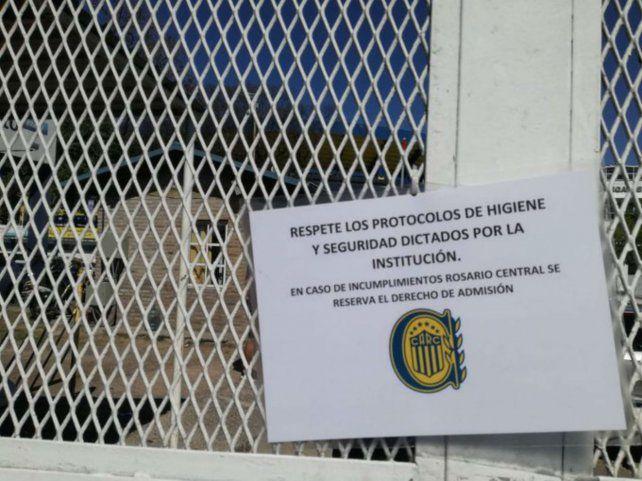 Investigan si Central incumplió los protocolos sanitarios en el amistoso con Belgrano