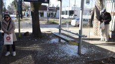 La parada de colectivos de Ayala Gauna y Sánchez de Loria, donde ocurrió el homicidio.