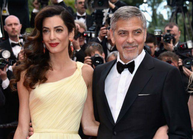Amal y George serán padres de gemelos.