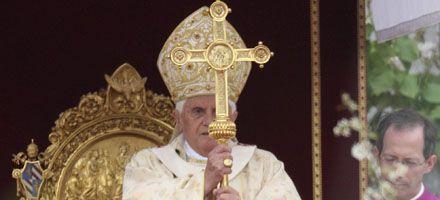 El Papa criticó el materialismo y el nihilismo en su mensaje Urbi et Orbi