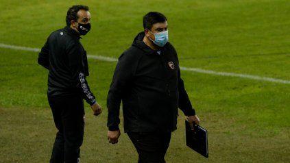 Burgos tiene que definir a los futbolistas que jugarán en el Coloso.
