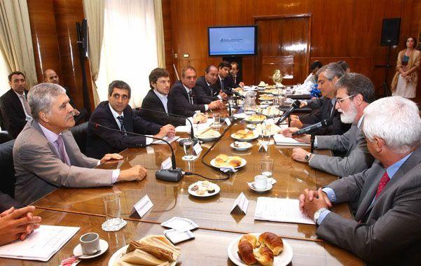 De Vido se reunió con empresarios argentinos y brasileños para iniciar un trabajo bilateral conjunto.