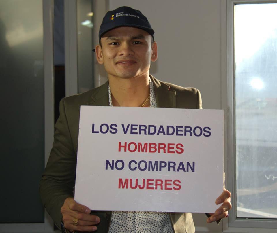 Las figuras que estuvieron presentes en la carrera del Súper TC 2000 en el autódromo de Rosario le dijeron sí a la campaña contra la trata.