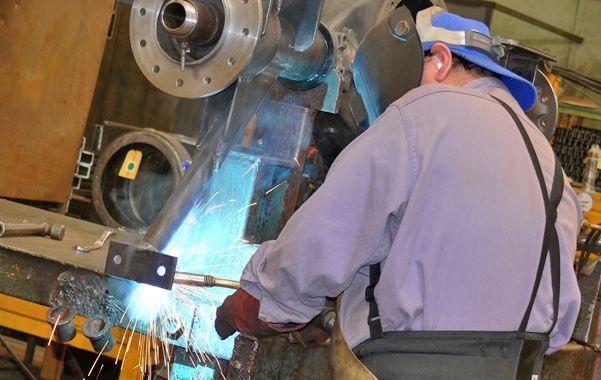 Sube y baja. El rubro metalmecánico incrementó la producción.