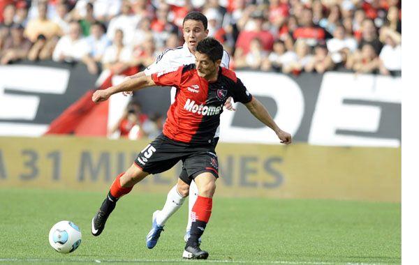 Milton Casco fue reemplazado por Ortiz a poco de iniciarse el complemento. Foto: G. de los Ríos.