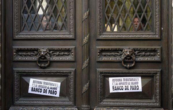 Bancos de paro. Mañana y pasado habrá asambleas en horario de trabajo y el martes próximo no abrirán sus puertas. (foto archivo: Silvina Salinas)