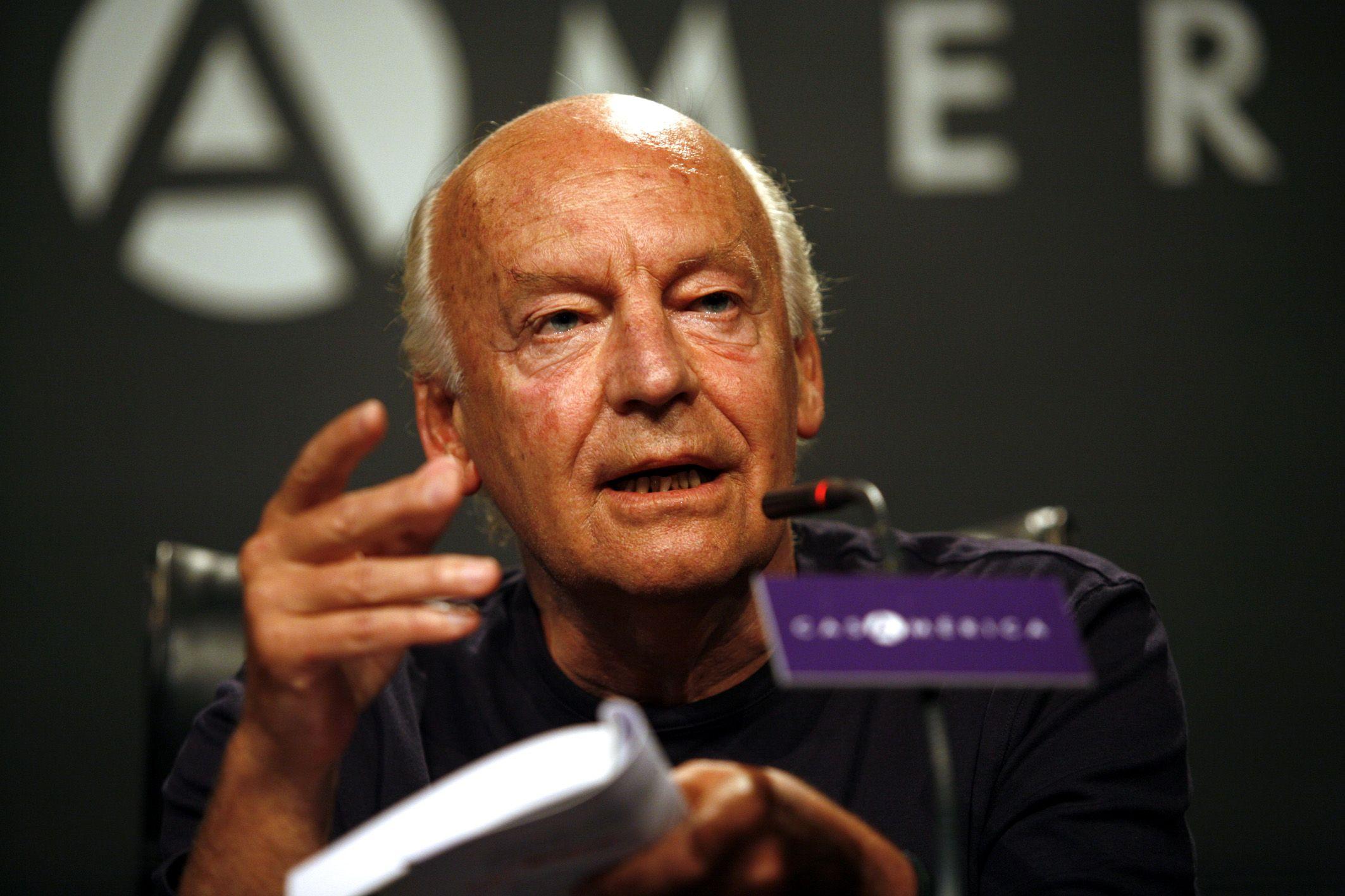 El escritor uruguayo tenía 74 años.
