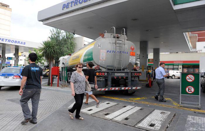 El ajuste rige en las principales petroleras de todo el país