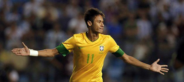 Neymar convirtió el penal que definió el Superclásico de las Américas.