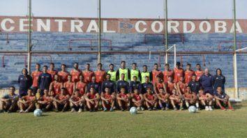 Ilusionados. El nuevo equipo charrúa que comenzó a transitar por el duro y competitivo torneo de la Primera C. Hay mucha confianza en el club de barrio Tablada.