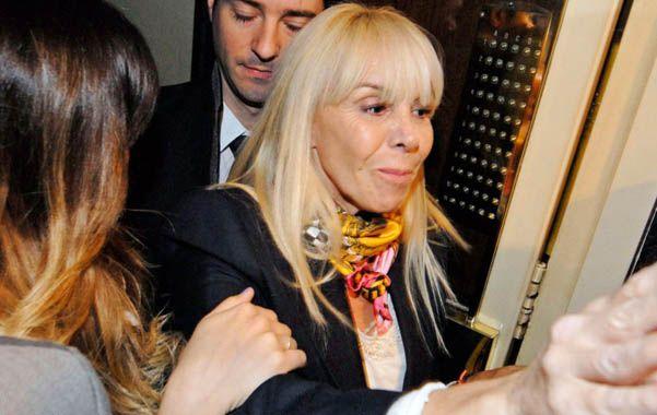La ex esposa de Maradona debe declarar a las 11.30.