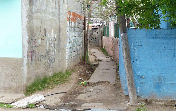 El ingreso. El pasillo de Patricias Argentinas al 4000 donde vivía Francisco Grondona y donde lo mataron.