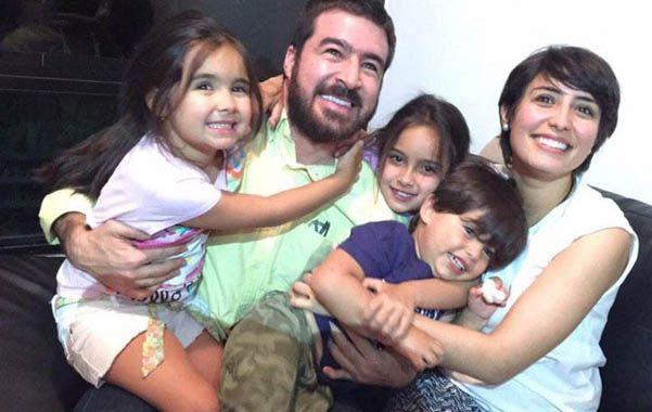 Celebración. El político antichavista se reencontró con su familia por primera vez en 17 meses de encarcelamiento.