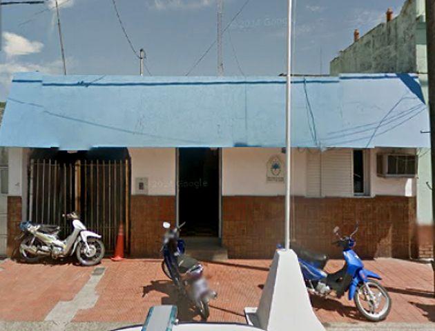 El violento episodio se registró el domingo por la noche en la comisaría 5ª de Puerto General San Martín.