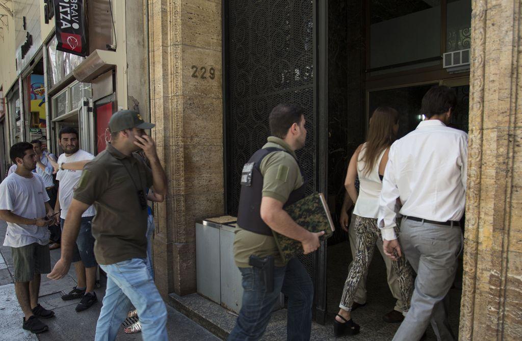 El allanamiento. La semana pasada la Afip retiró documentación de las oficinas porteñas de la entidad.