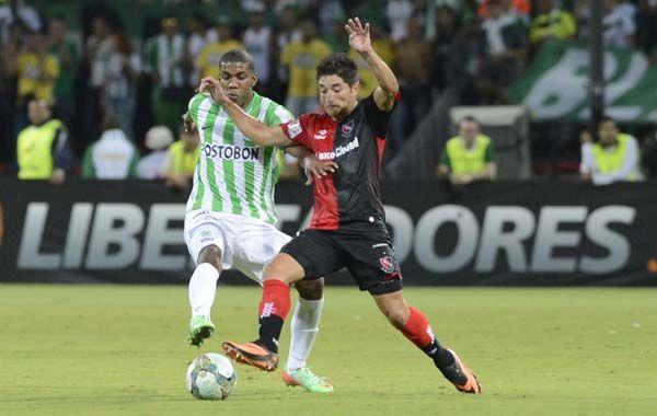 Milton Casco ante los colombianos en la apertura del grupo 6 de la Libertadores