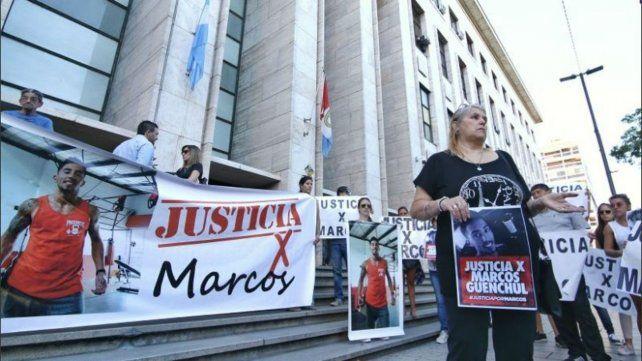 Los padres del asesinado Marcos Güenchul obtienen la guarda de su nieta