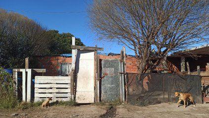 La vivienda de Fabián Ruiz, donde la madrugada del miércoles fue asesinado a balazos por dos hombres que ingresaron por la fuerza.