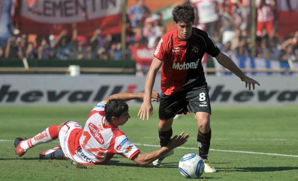Pablo Pérez:La camiseta 8 la usó el Tata Martino y quiero cuidarla bien